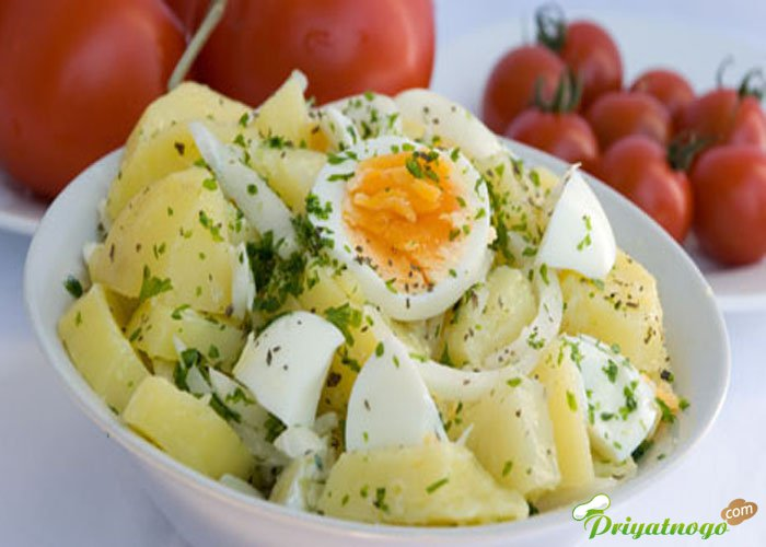 Салат с картофелем и яйцами